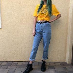 high waisted vintage mom jeans